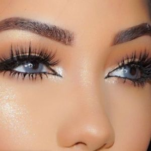 Sale💥Natural flair lashes|| Set of 5